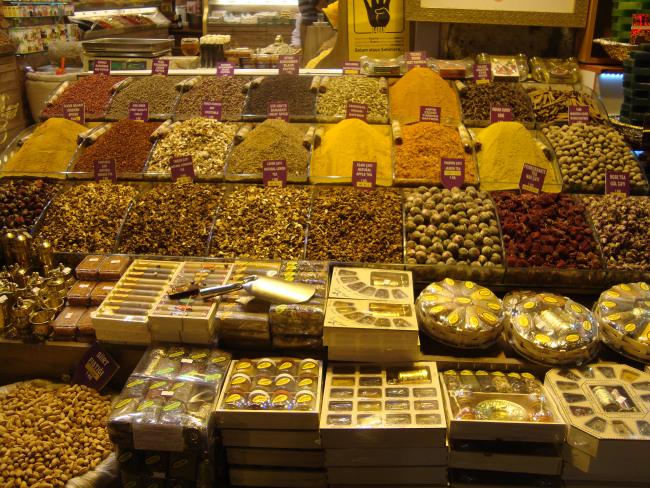 Μπαχαρικά στην Αιγυπτιακή Αγορά! Τόσα χρώματα! Τόσες γεύσεις!