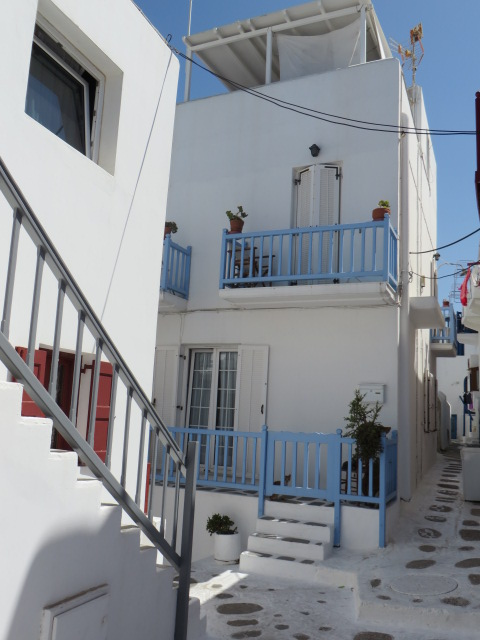 An alley somewhere at chora!