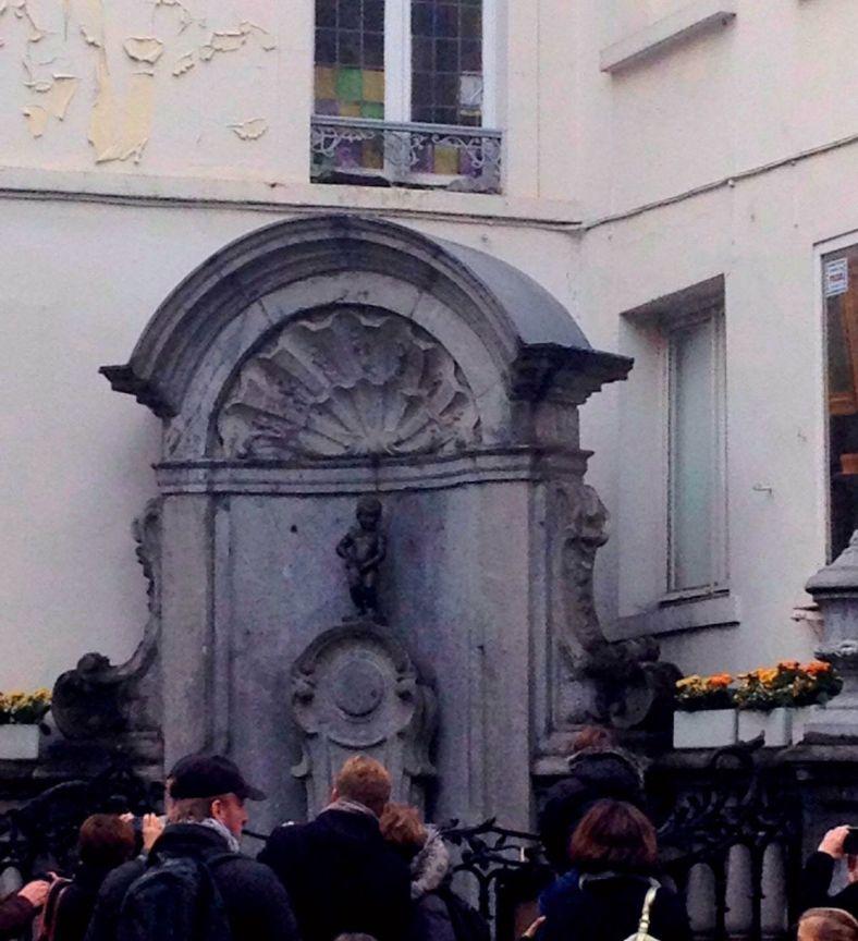 Manneken Pis, το αγοράκι που ουρεί, σύμβολο της πόλης!
